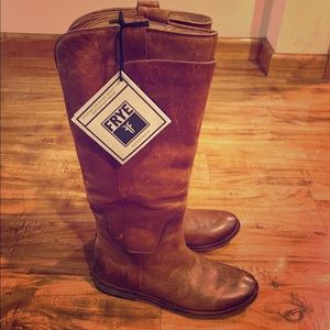 NWT Frye Paige Tall Leather Boots